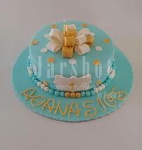 bow cake